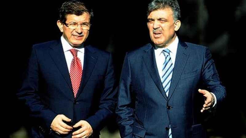 """""""Yeni parti tabelasını asıyor: Davutoğlu, köprüleri atmış"""""""