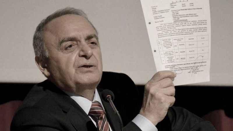 Eski İstihbarat Daire Başkanı Sabri Uzun gözaltına alındı