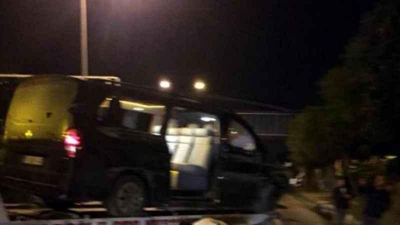 Alanyasporlu futbolcuları taşıyan minibüs kaza yaptı