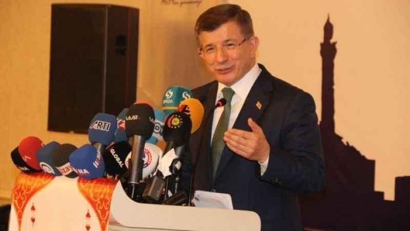 Ahmet Davutoğlu'ndan Diyarbakır'da 'yeni parti' açıklaması