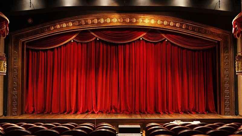 Sinema seyircisi azaldı, tiyatro seyircisi arttı!