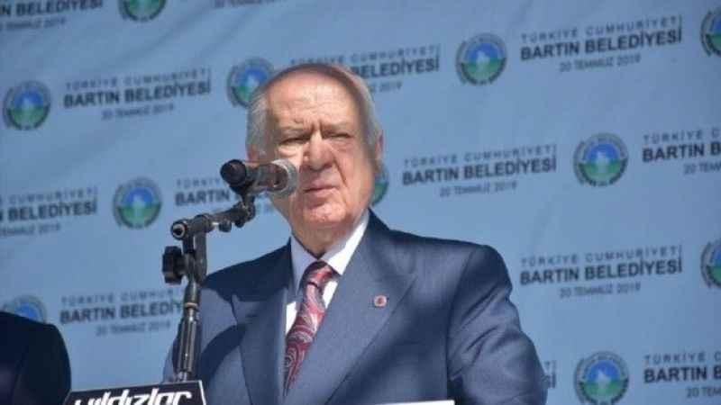 Bahçeli'den Davutoğlu'na tepki: Serok Ahmet, nifak aşılamakla meşgul!
