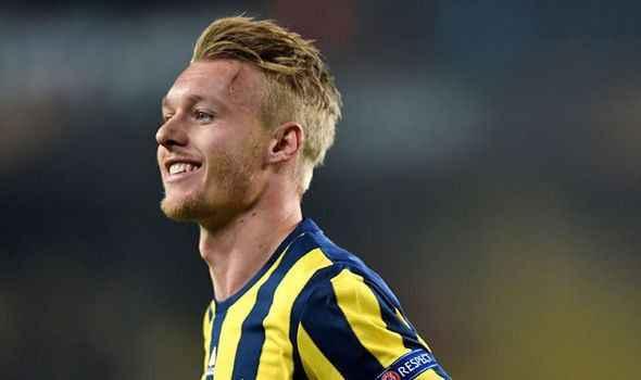 Simon Kjaer'den Fenerbahçe'ye kötü haber
