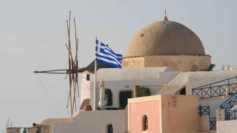 Türkiye açıyor Yunanistan kapıyor