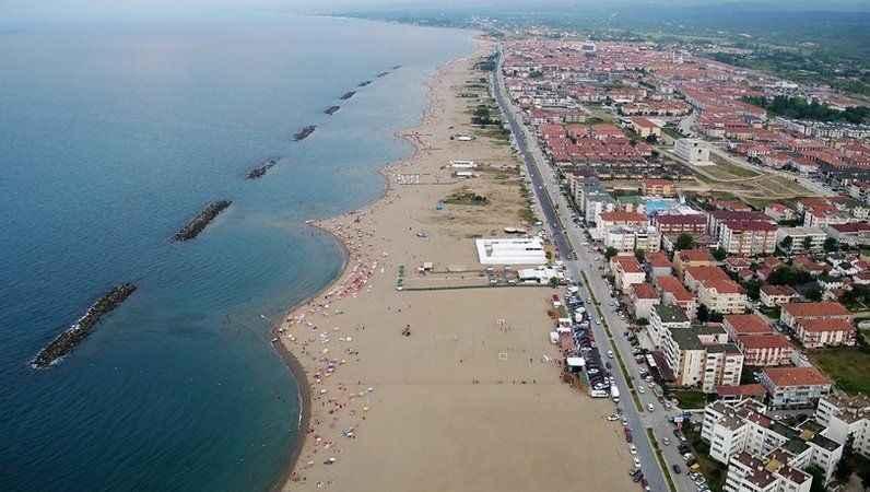 Sakarya'da dalga tehlikesi: Denize girişler yasaklandı
