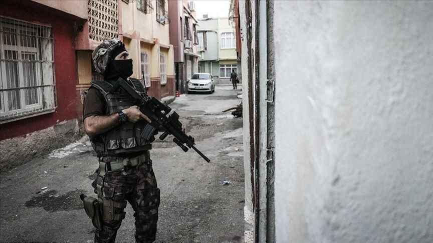 İzmir'de PKK KCK operasyonu 7 gözaltı