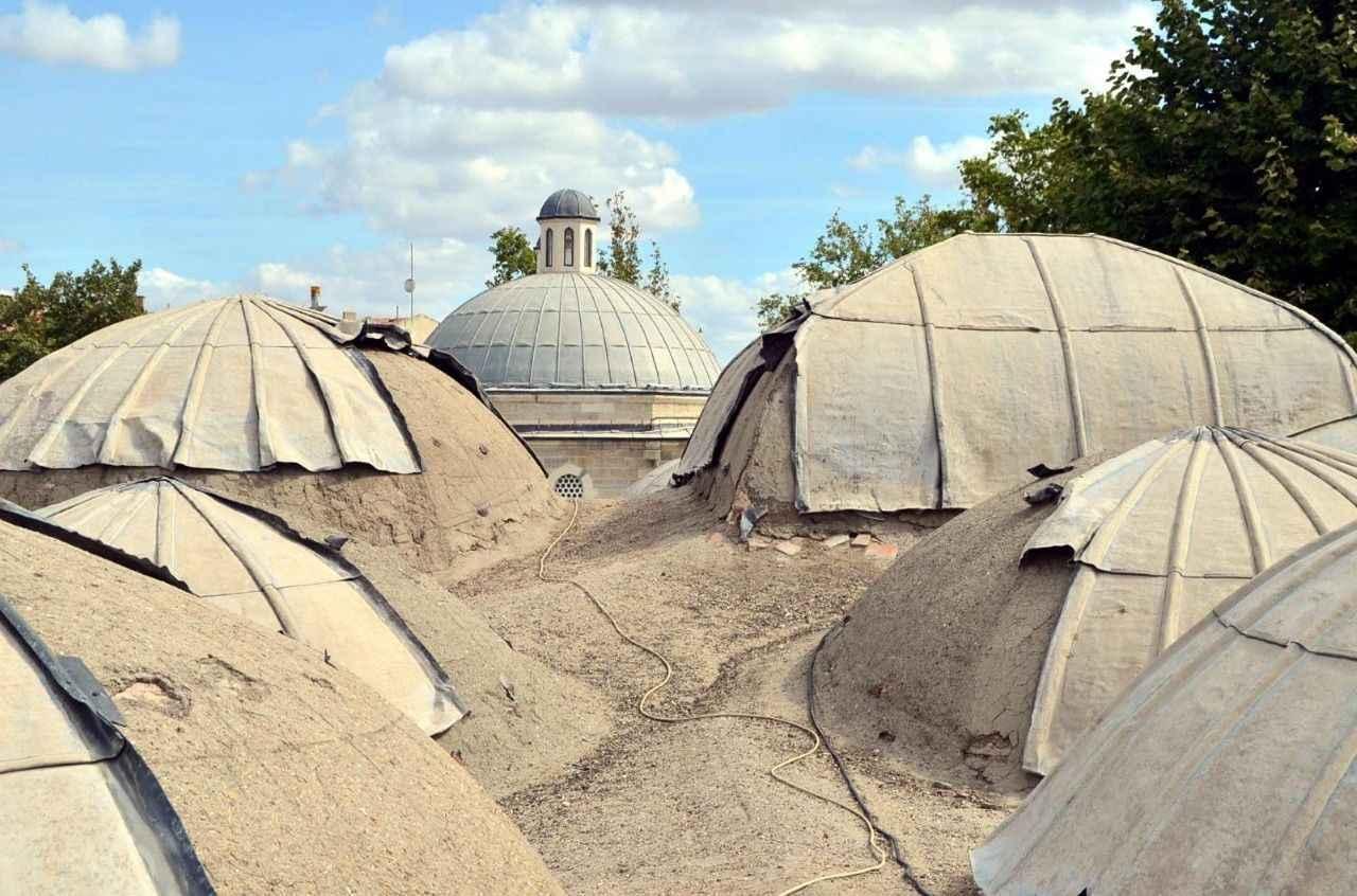 Tarihi caminin kurşunlarını çalan cezaevi firarisi çıktı