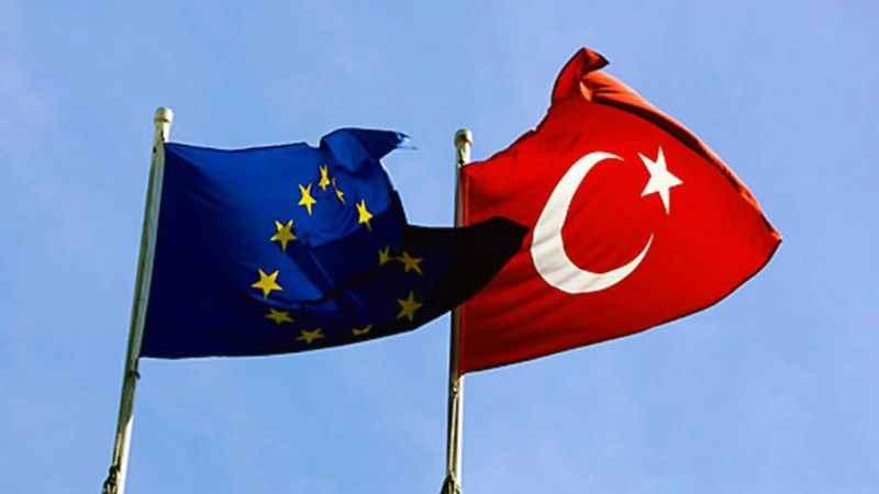 Türkiye, AB'den vazgeçmiyor; Çalışmalara hız verilmesi istendi