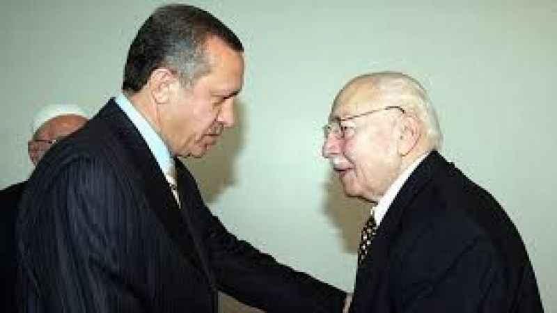 """""""Erbakan Hoca'yı vesayetçi gören Erdoğan kendi vesayetini kurdu"""""""