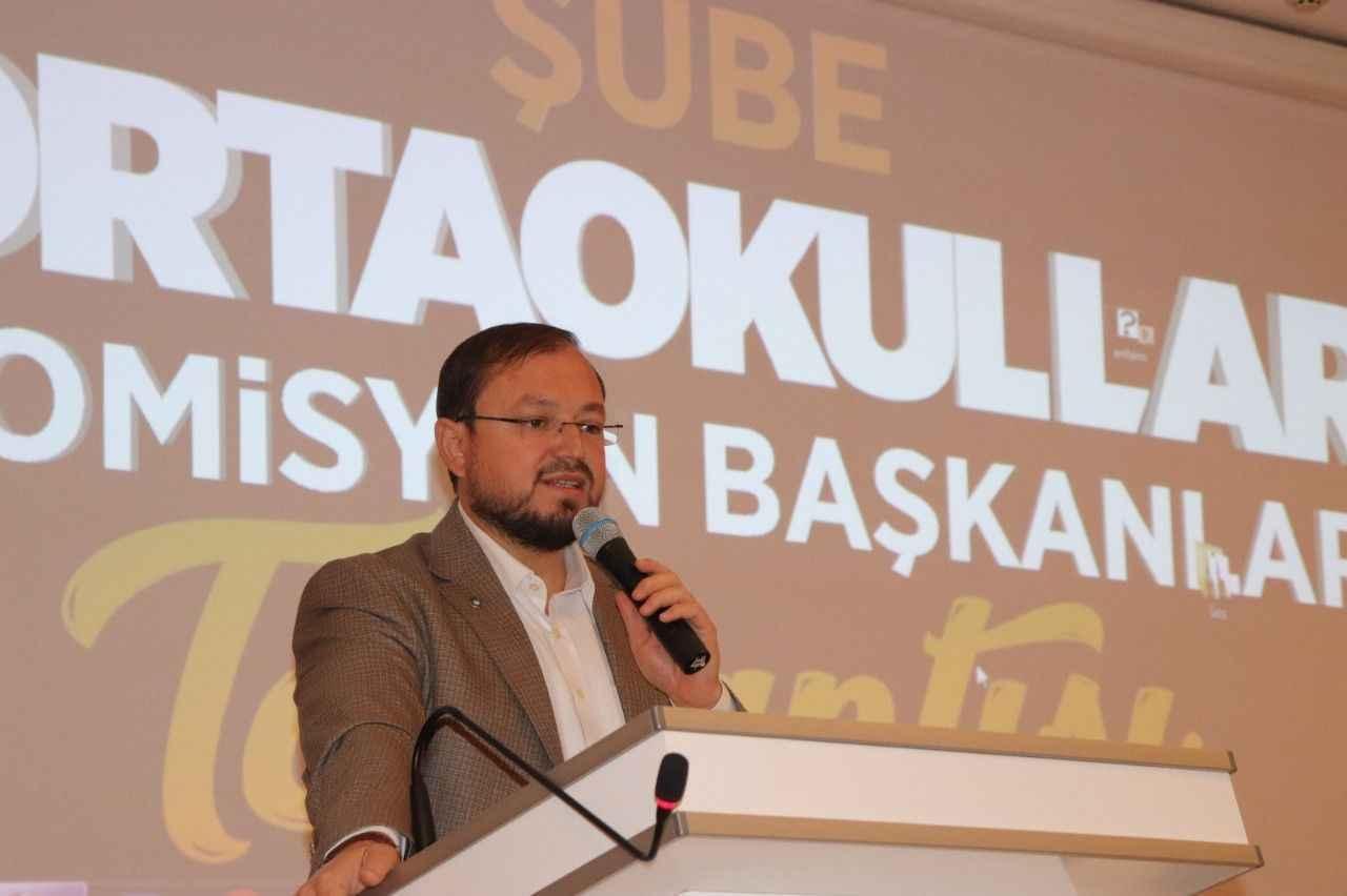 Salih Turhan: Sizler ağacın köküsünüz