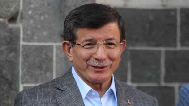 Ahmet Davutoğlu AKP'li eski il başkanlarının desteğini arkasına aldı
