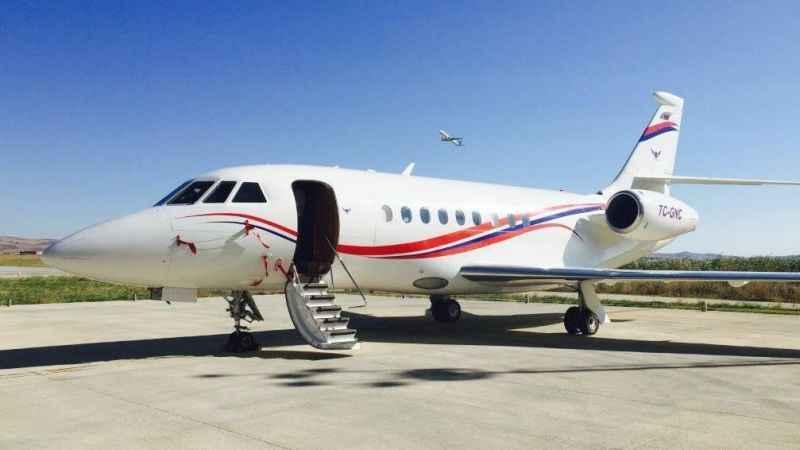 Yunanistan'a 3 haftada 59 kez uçan özel uçak ne taşıyordu?
