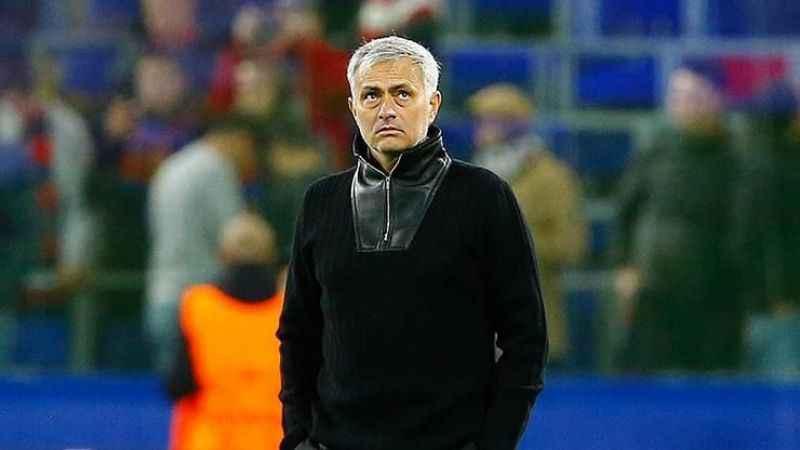 Arsenal'de Mourinho sesleri