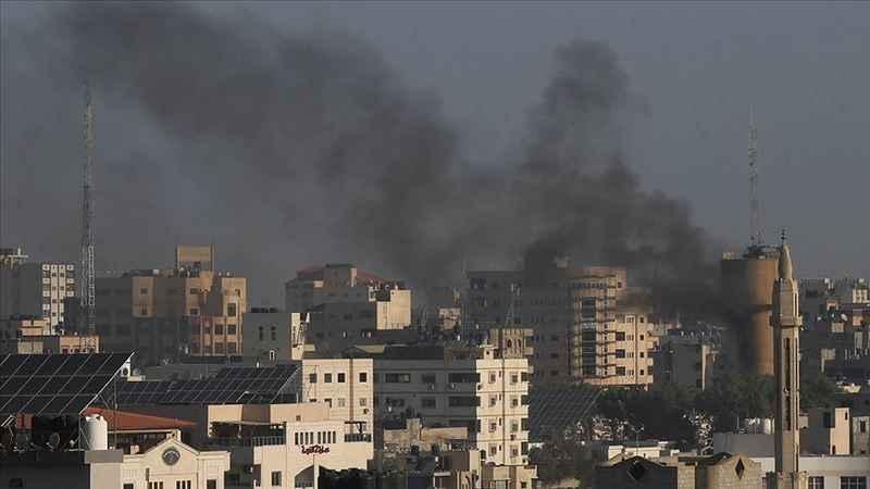 İsrail'in Gazze'ye hava saldırılarında şehit sayısı 12'ye yükseldi