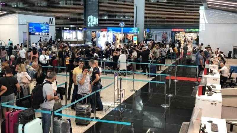 stanbul Havalimanı'nda yolcu hareketliliği