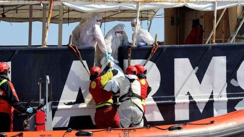 Akdeniz'de facia: 67 göçmen suda boğuldu