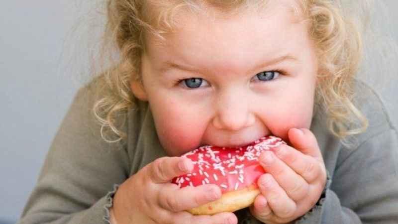 Her 3 çocuktan 1'i yetersiz besleniyor veya fazla kilolu
