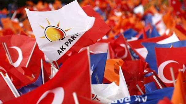 AKP'li Erkan Kandemir: Seçmene ulaşma metotlarımızı değiştiriyoruz