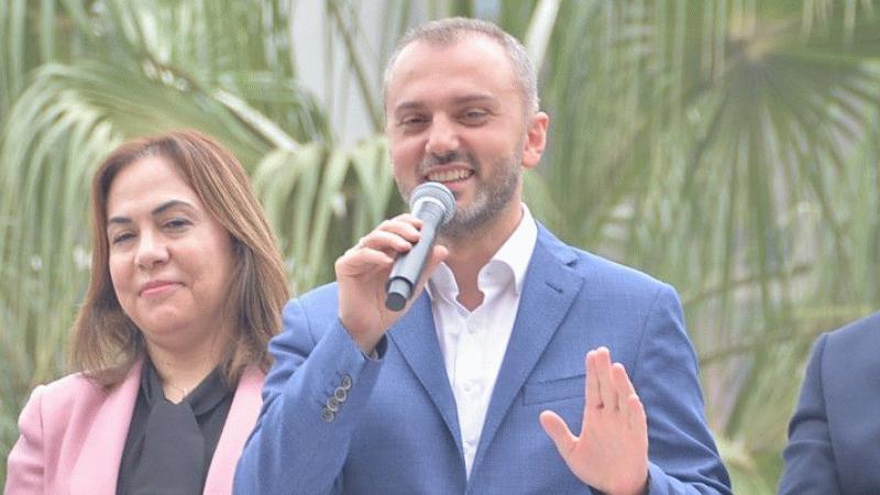 AKP'li Kandemir: Çocuklarımıza iş bulmak için el ele vereceğiz