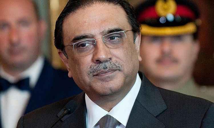 Pakistan'da eski Cumhurbaşkanı Zerdari serbest bırakıldı