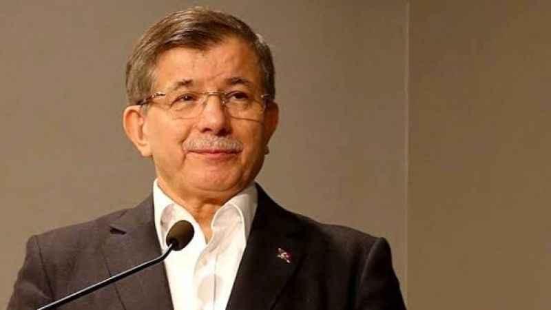 Ahmet Davutoğlu'nun partisinin ismini 'hayırlı olsun' deyip açıkladı