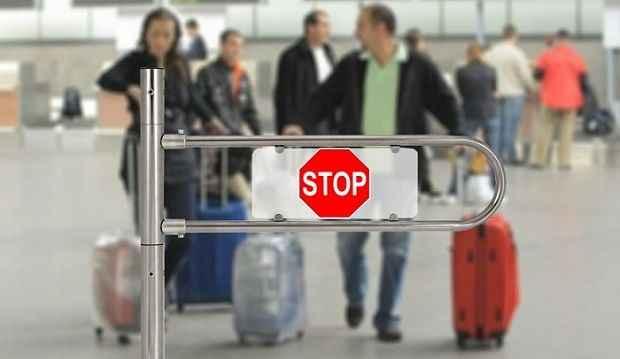 25 milyon kişi yurt dışı yasağıyla karşı karşıya