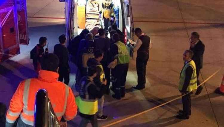 Uçakta rahatsızlanan yolcu, hastanede öldü