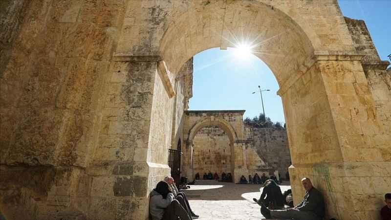 Rahmet Kapısı Mescidi, İsrail'in baskısı altında