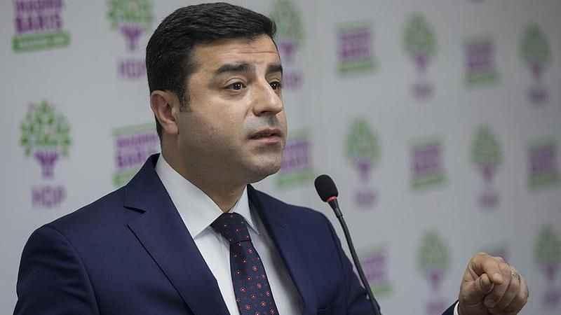 Selahattin Demirtaş'tan Ahmet Davutoğlu'na sert sözler