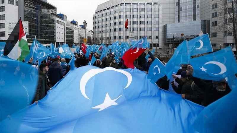 Çin'in Uygurlara yönelik zulmü Berlin'de protesto edildi