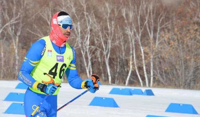 Kar yağmayan Nijerya'nın ilk ve tek kayaklı koşucusu