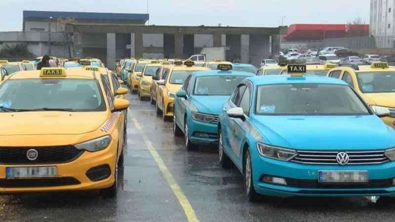 İstanbul'da 'turkuaz taksi' tartışması! İBB karar verecek