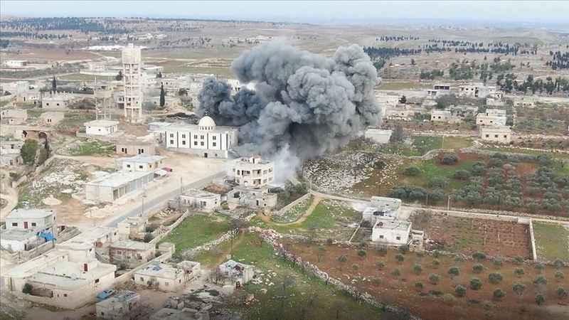 Esed rejimi ateşkese rağmen İdlib'de karadan ilerliyor