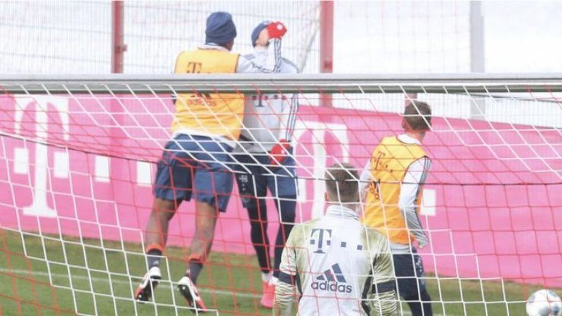 Bayern Münih antrenmanında yumruklar havada uçuştu