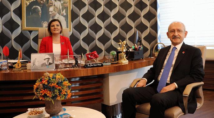 Kemal Kılıçdaroğlu, İzmit Belediyesini ziyaret etti