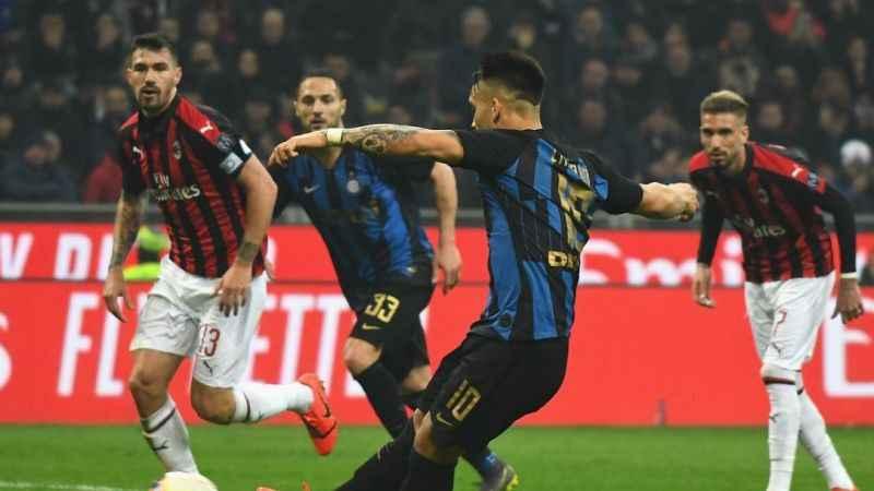 Milano derbisi İnter'in! Yenilmezlik serisi 16 maça çıktı