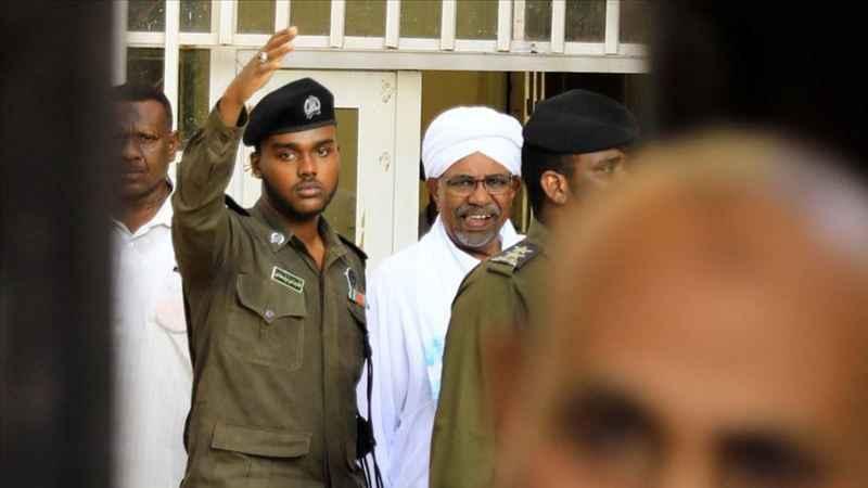 Sudan, Ömer el-Beşir'i Uluslararası Ceza Mahkemesine teslim edecek