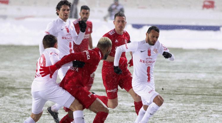 Sivasspor'u eleyen Antalyaspor yarı finalde