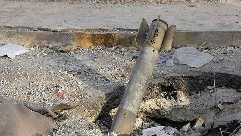 Amerikan askerlerinin de bulunduğu üsse füze saldırısı