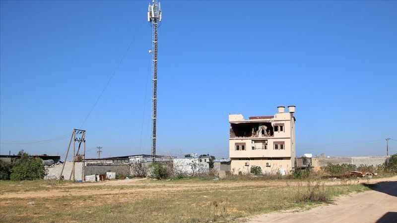 Hafter savaşçılarından Trablus'a roketli saldırı: 1 ölü