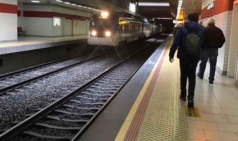 Trenin önüne atlayarak yaşamına son verdi!