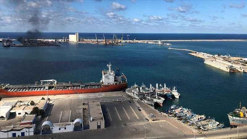 Hafter güçlerinden Trablus Limanı'na roketli saldırı