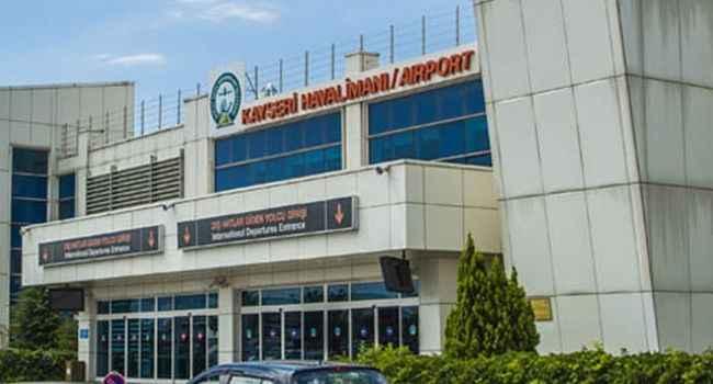 Alanyaspor'un uçağı Kayseri'ye zorunlu iniş yaptı