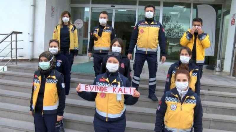 112 çalışanlarından vatandaşlara 'Evde kal' klibi!