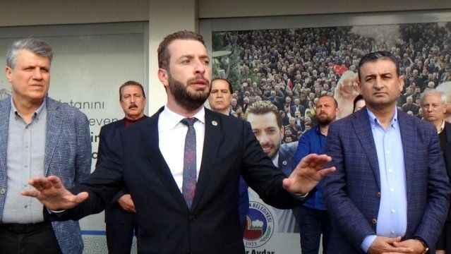 Mazbatası iptal edilen Belediye Başkanı Kadir Aydan'dan ilk açıklama