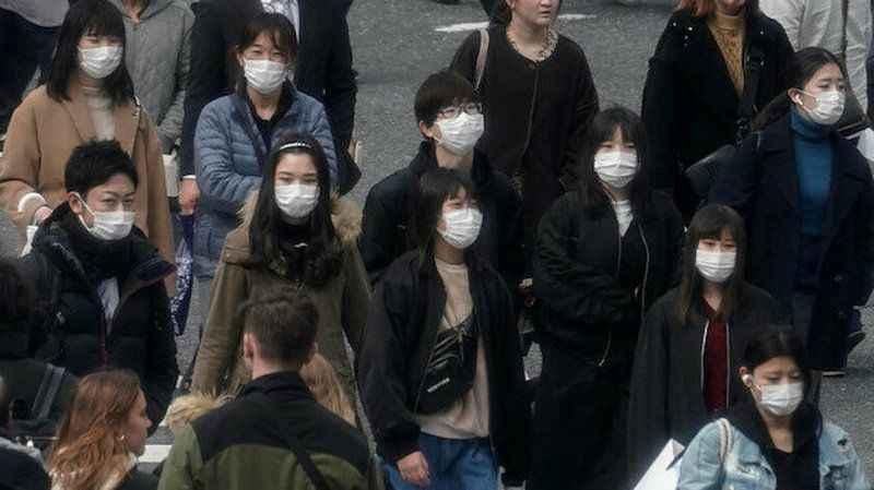 Japonya'da koronavirüs salgınından ölenlerin sayısı 63'e yükseldi