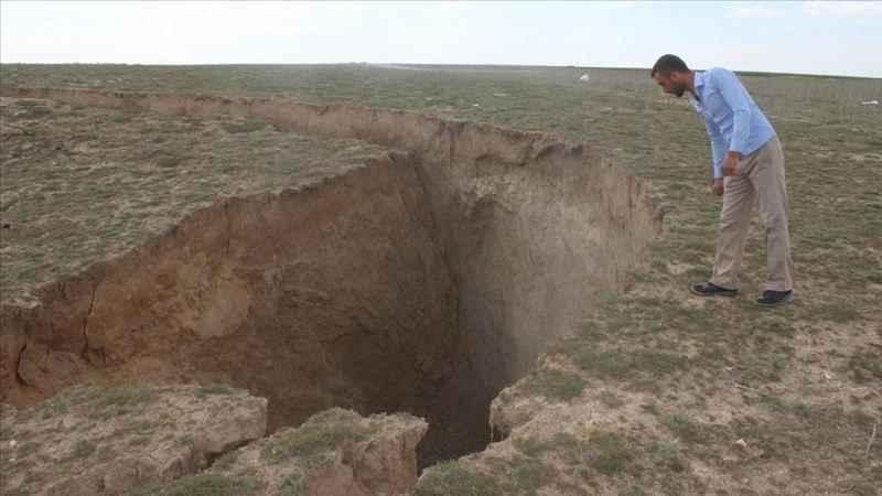 Konya'da 35 metre çapında 15 metre derinliğinde yeni obruk