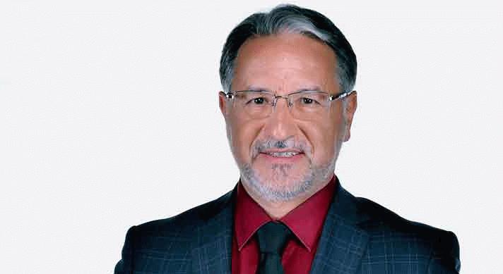 Mustafa Karataş kimdir?
