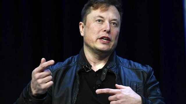 Elon Musk'tan koronavirüs yorumu: 'Eve zorla kapatmak faşizmdir'