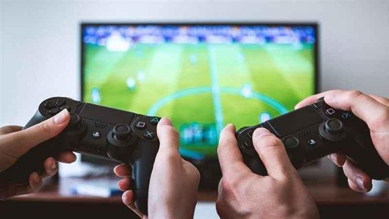 Kulüp başkanından ilginç öneri: Ligler PlayStation'da oynayarak bitsin